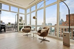 attractive-swan-chairs-coupled-with-the-classic-arco-floor-lamp