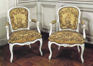 French Rococo chairs with curved legs and floral decoration