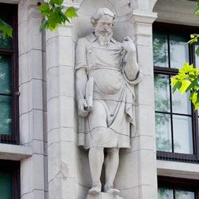 Imaginary portrait of Thomas Chippendale on the Exhibition Road façade of the V&A, Albert Hodge, 1906.
