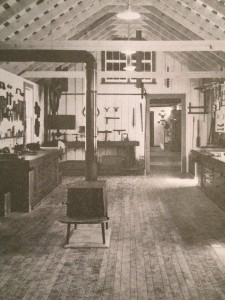 Shaker furniture, example.