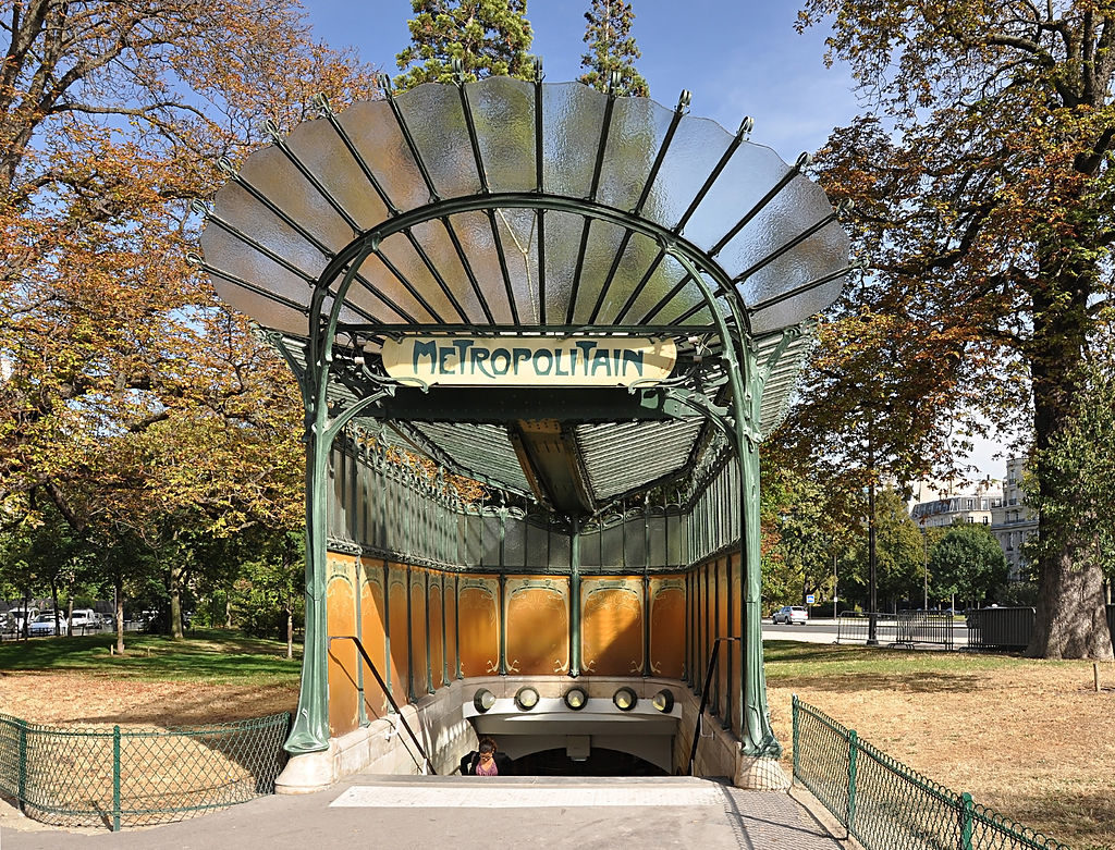 Entrance to the Porte Dauphine metro station, Guimard, 1898-1905, Paris