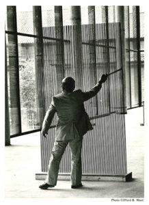 Harry Bertoia with his Sonambient sound sculptures