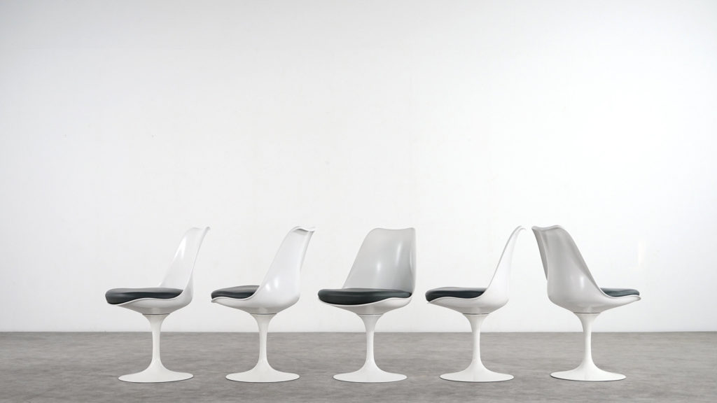 The Tulip Chair in different angles.