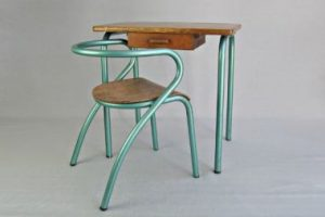 La Mullca 300 with the school desk designed by Hitier in 1950.
