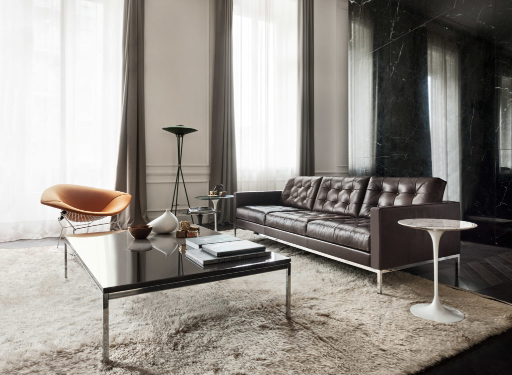 Florence Knoll relaxed lounge collection (sofa).