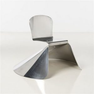 L'archiduchaise by Xavier Lust, 2004. The piece perfectly illustrates Lust's ability inf olding and forging aluminum and other metals.