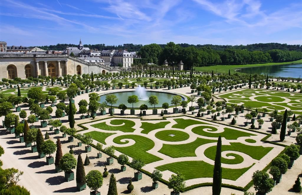 The beautiful garden of Versailles.